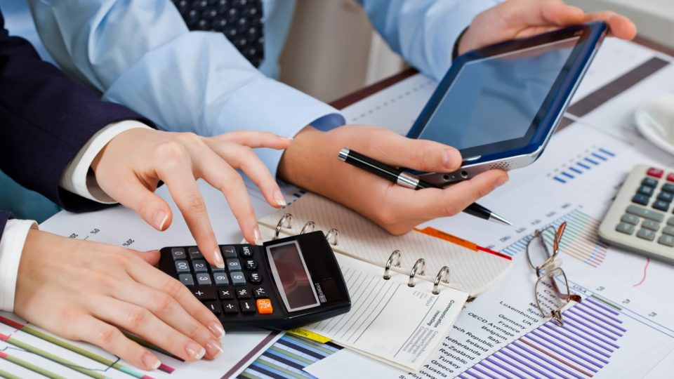 Hire An Expert Accountant For Effective Cash Management
